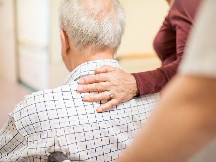通过物联网改善老年人生活