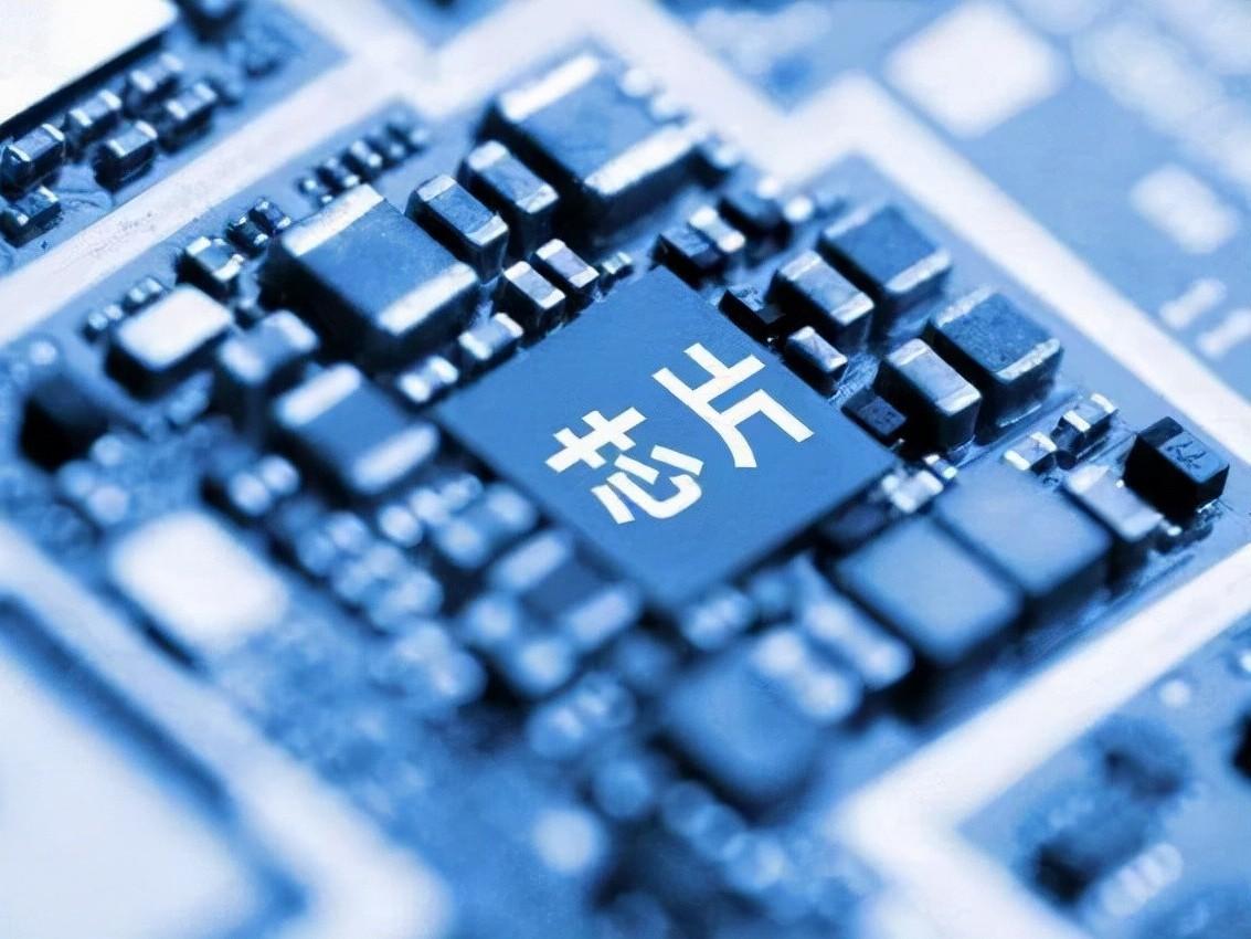 """缺芯""""唤醒""""中国芯片产业,8个月生产增长48%"""